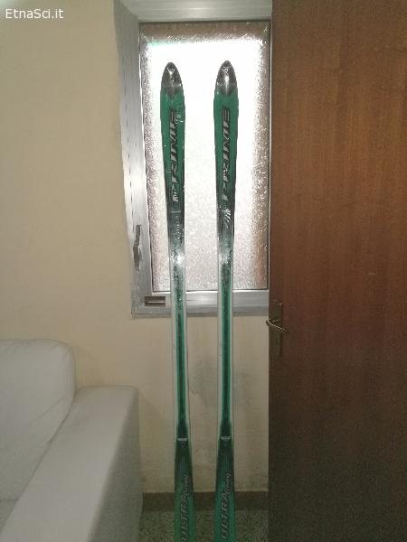 Vendo sci e bastano nuovi  impacchettati